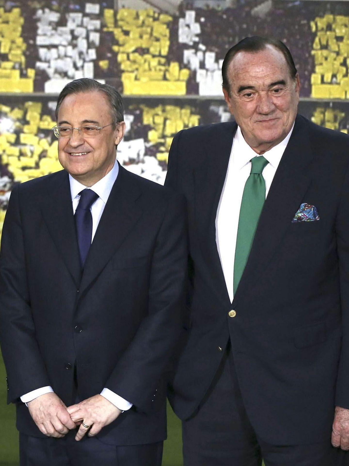Florentino Pérez, uno de sus grandes apoyos. (EFE)