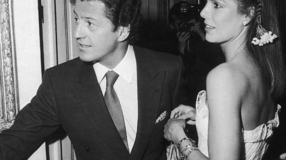Foto: Philippe Junot y Carolina de Mónaco en una imagen de archivo. (Cordon Press)