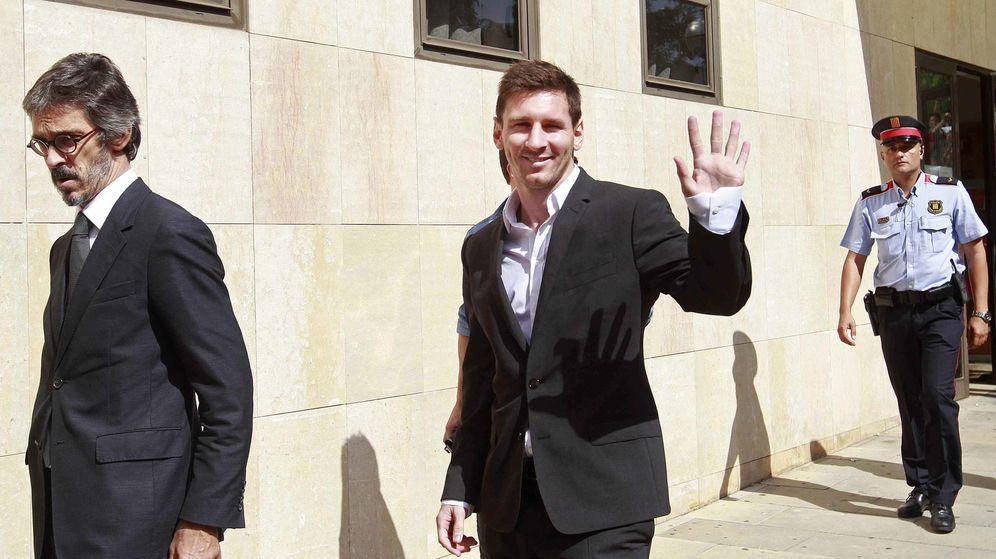 Foto: Messi, tras declarar en el juzgado de Gavà (Efe)