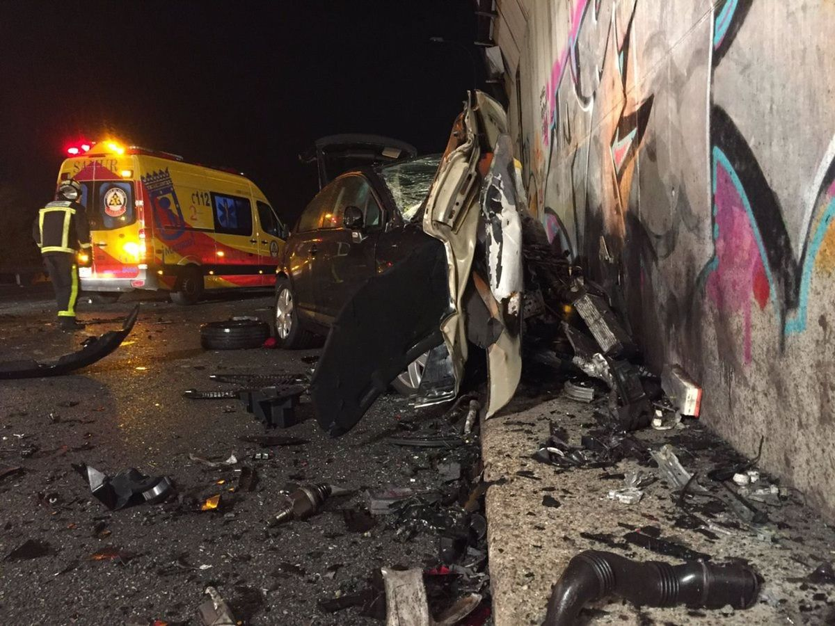 Foto: Foto del vehículo kamikaze que circulaba por dirección contraria. (EFE)