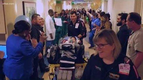 Despedida con honores para un bebé tras dos años ingresado en el hospital