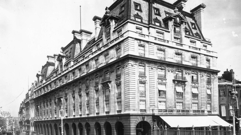 El hotel londinense, en una imagen de 1924. (Getty)