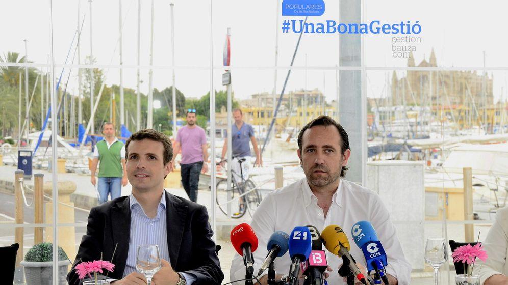 Foto: Pablo Casado y José Ramón Bauzá. (EFE)