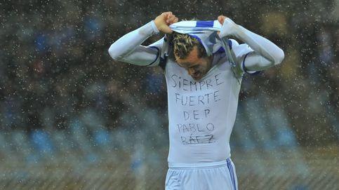 De Juanmi a Iniesta: las amarillas menos solidarias de la historia del fútbol