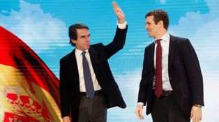 El rearme era eso: adiós Rajoy, hola Aznar