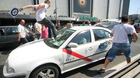 Cisma en el taxi: 50 millones en licencias de Uber y Cabify para un 'jefe' de los taxistas