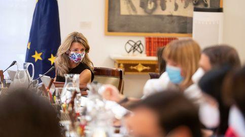 Podemos presionará al PSOE para investigar en el Congreso el mercado eléctrico