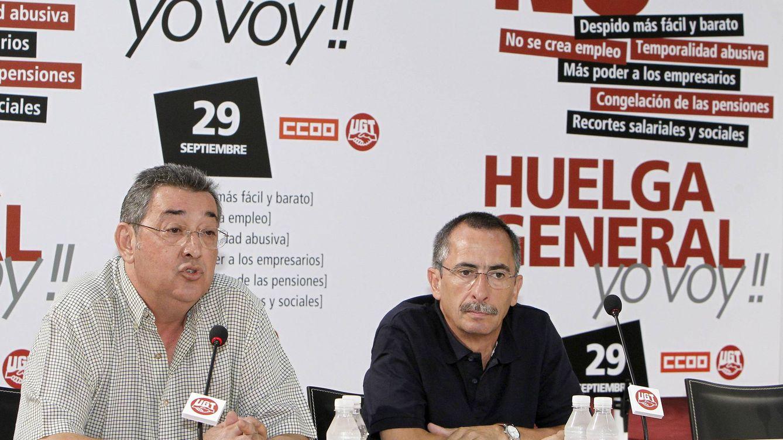 Foto: Toni Ferrer (i), Secretario de Acción Sindical de UGT, y Ramón Gorriz, Secretario de Acción Sindical de CCOO (EFE)