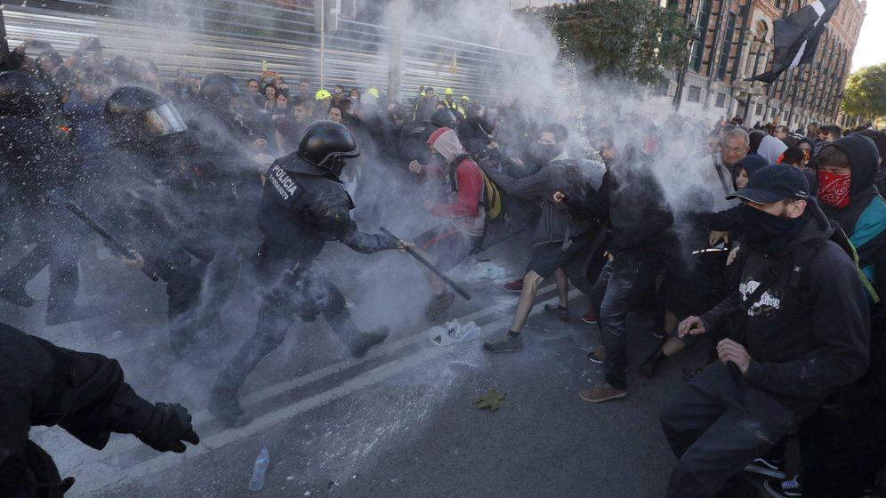 Foto: Imagen de los disturbios en Barcelona. (Reuters)