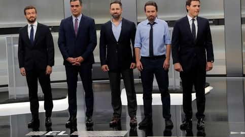 Sánchez quiere ahora prohibir las consultas y Casado le pregunta qué es una nación