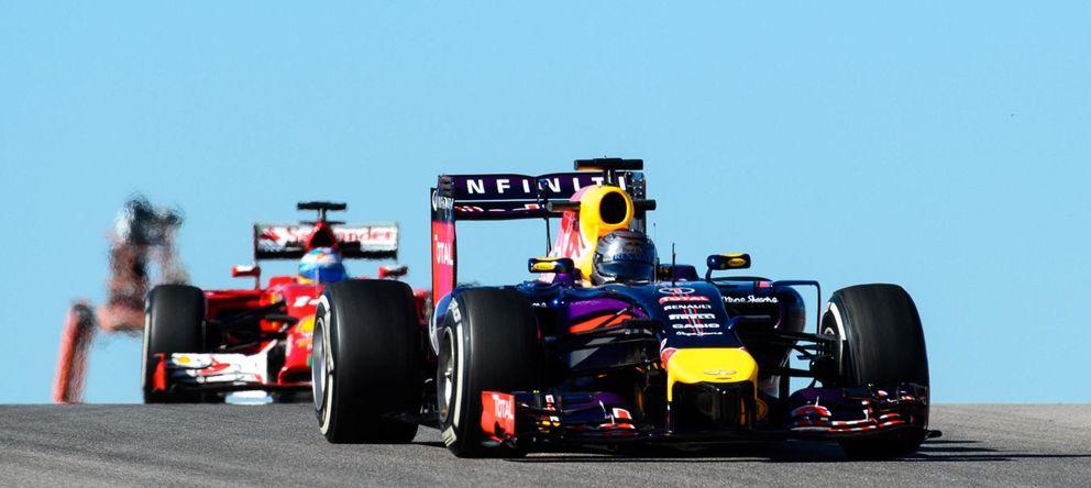 Foto: Sebastian Vettel y Fernando Alonso, este viernes en Austin.