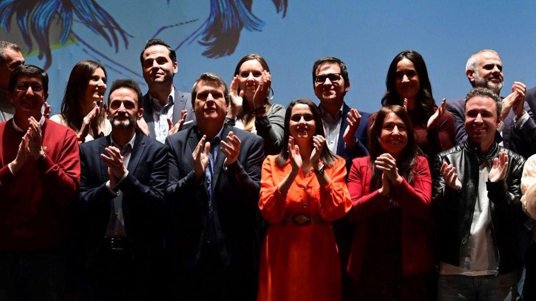 Arrimadas, junto a varios dirigentes de peso, en un acto en Madrid. (EFE)