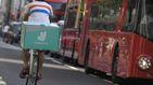Bomba para Deliveroo y Glovo: los 'riders' contratados son empleados de hostelería