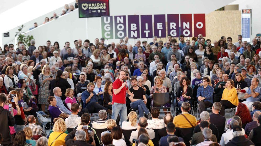 Foto: El candidato de Unidas Podemos, Pablo Iglesias (c), durante un acto electoral celebrado este lunes en Oviedo, donde ha insistido en el concepto de 'el plan'.(EFE)