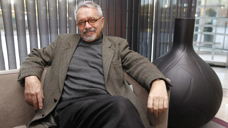 Bértolo: Los premios literarios deberían tratarse como un caso de corrupción