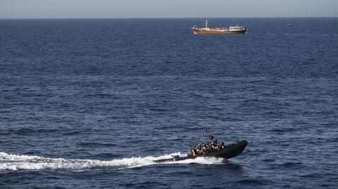 Un buque español neutraliza un ballenero pirata en las costas de Somalia