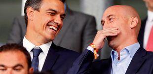 Post de Pedro Sánchez y su amigo Rubiales se ríen del ministro de Cultura ¿y Deportes?