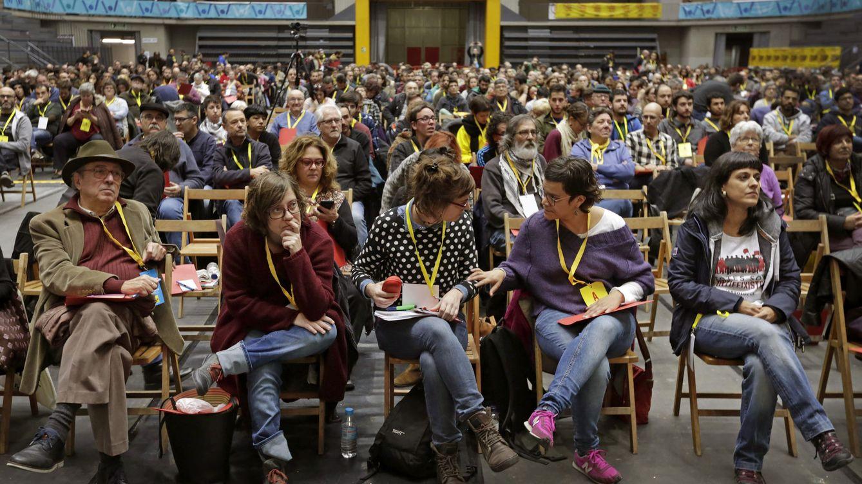 Foto: Imagen de la asamblea nacional extraordinaria de la CUP celebrada en noviembre. (EFE)