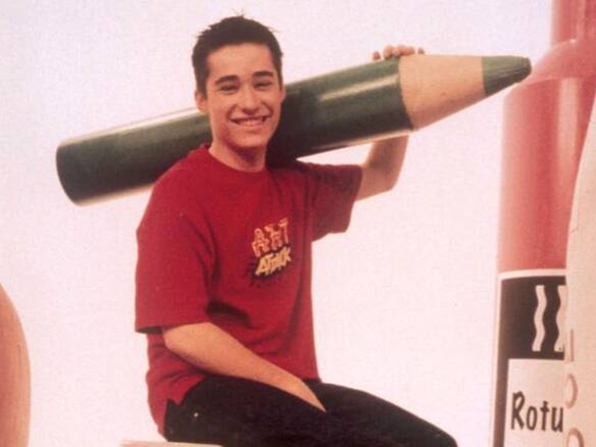 Foto: Jordi Cruz, en una imagen del programa 'Art Attack'. (Disney)