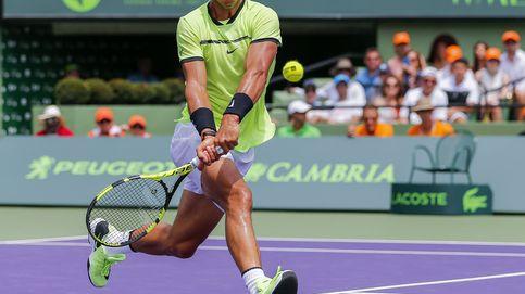 Nadal se estrella otra vez contra Federer, que sigue mejorando a sus 35 años