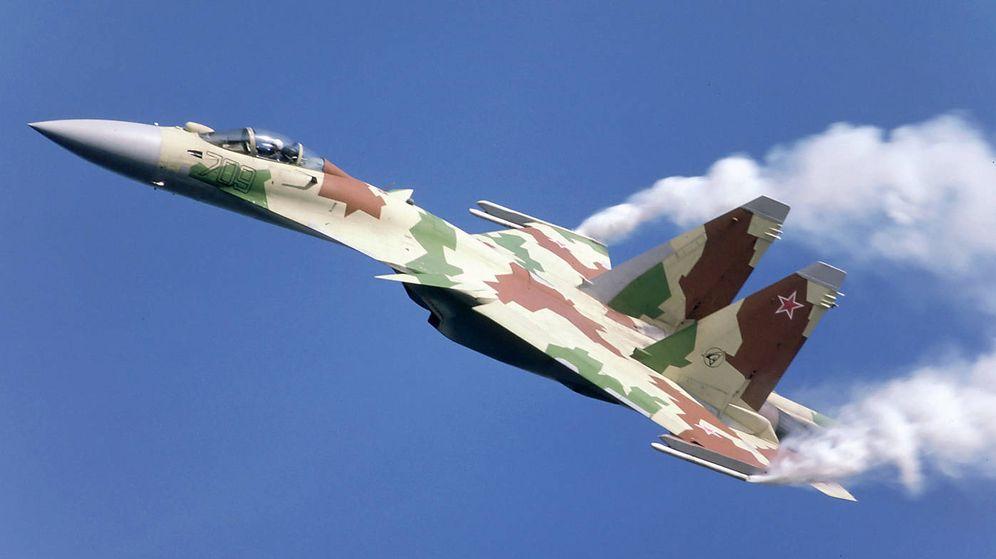 Foto: Un Su-35 durante una demostración en vuelo. (Rob Schleiffert)