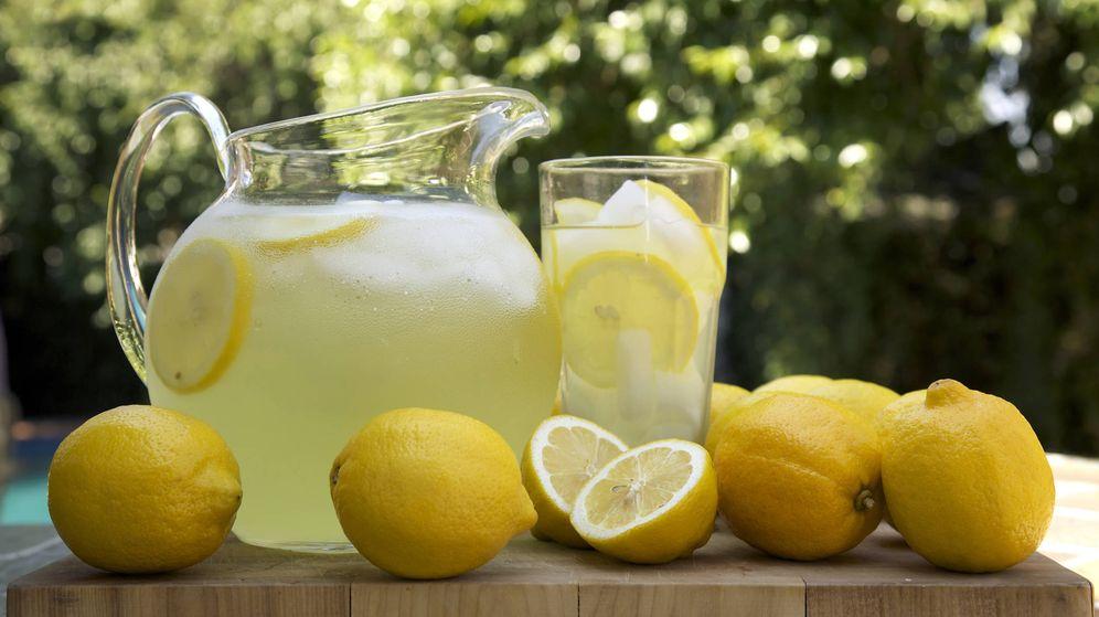 Resultado de imagen de agua con limon