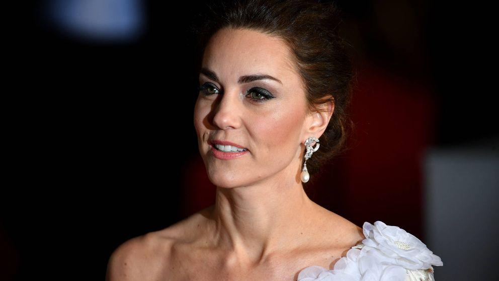 Kate Middleton se vuelve a vestir de novia para la alfombra roja de los BAFTA