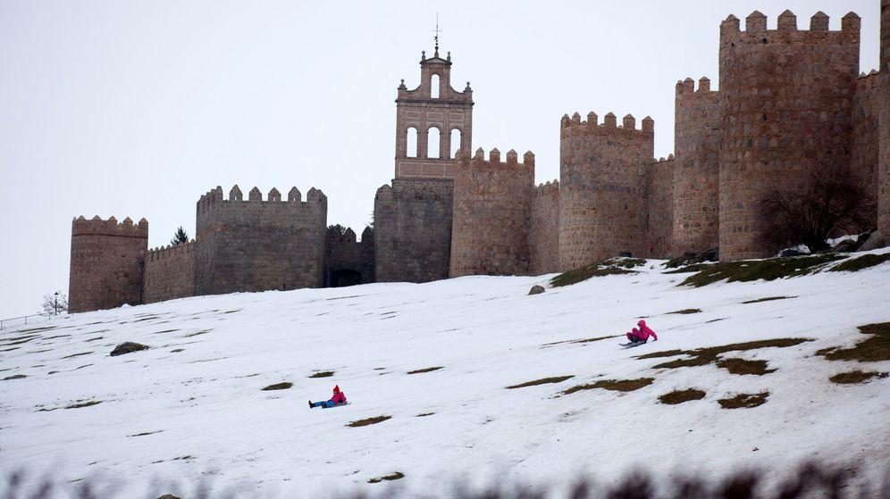 Foto: Ciudades como Ávila volverá a teñirse de blanco durante el jueves y el viernes. (Efe)