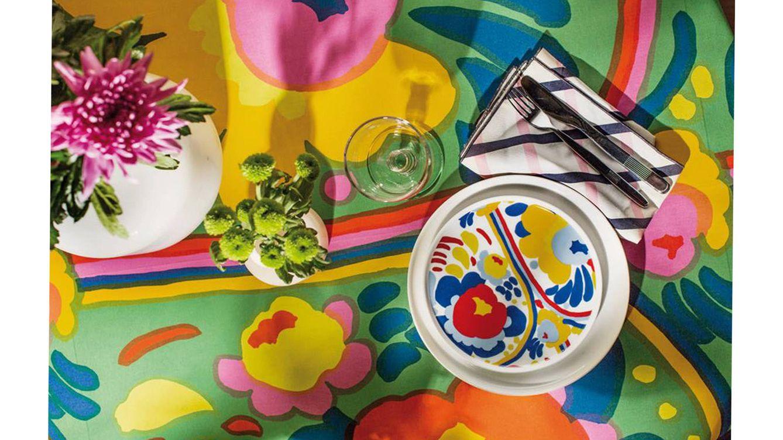 Foto: Imagen de algunas adaptaciones de los célebres motivos floreales de la marca finlandesa Marimekko.