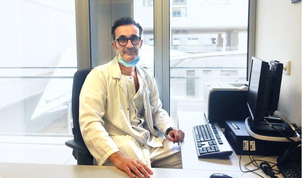 Foto: Antonio Santa Cruz, jefe del Servicio de Neumología del Hospital Universitario Santa Lucía de Cartagena