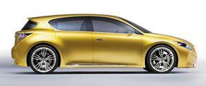 Lexus compacto híbrido