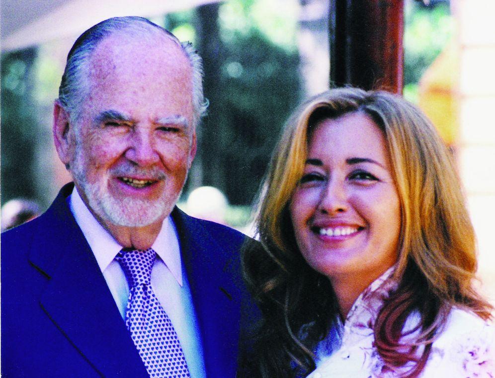 Foto: Manuel Prado con su esposa, Celia García-Corona. (Foto cedida por la editorial Almuzara)