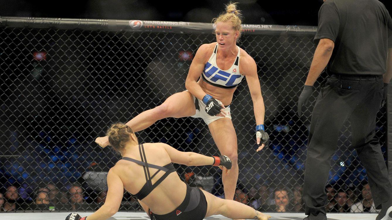Estos son los KO en UFC más espectaculares por patadas a la cabeza
