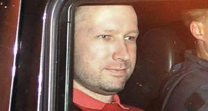 Anders B. Breivik escondió direcciones de 46 lugares de Europa en su manifiesto