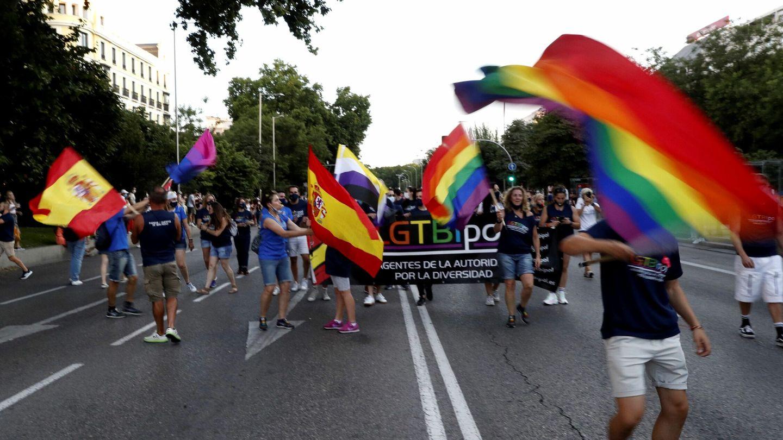 Un momento de la marcha del Orgullo que ha recorrido hoy sábado las calles de Madrid. (EFE)