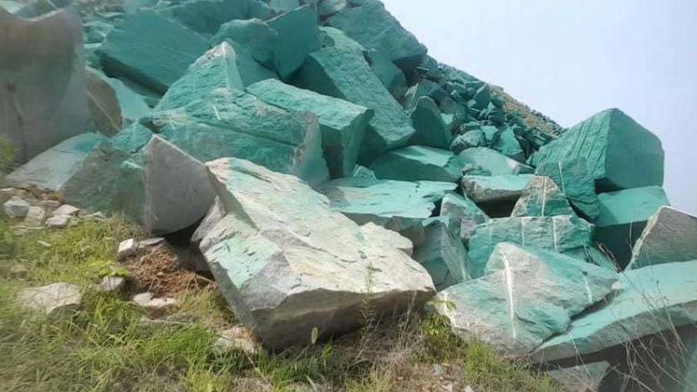 Foto: Así quedaron las piedras de alrededor de la empresa de minas. (Foto: Weibo)