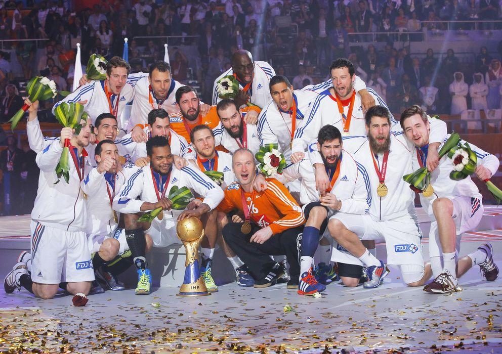 Foto: La selección francesa celebra el título de campeones (Efe).