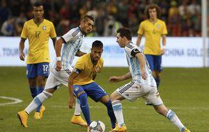 Messi vuelve a fallar un penalti ante Brasil, cuyo héroe fue Tardelli