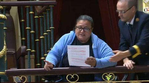 Quién es la mujer que ha interrumpido la sesión del Congreso y por qué lo ha hecho