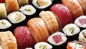Noticia de Lo estamos haciendo fatal: cómo se debe comer correctamente el sushi