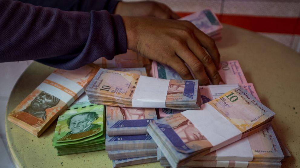 Venezuela lanza el billete más alto de su historia para pagar en bolívares y no en kilos