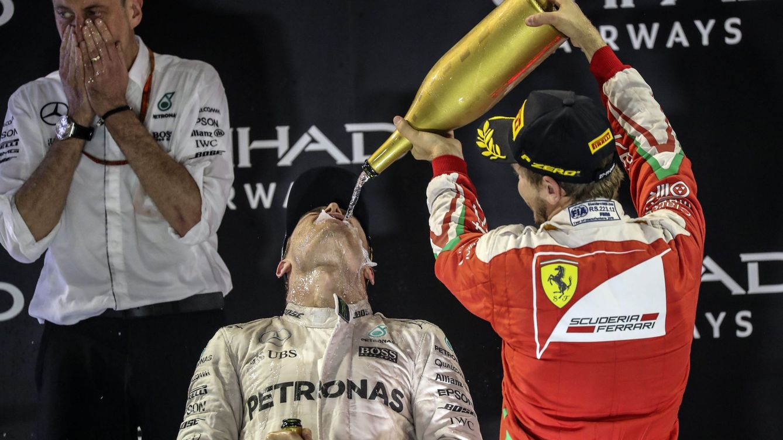 Rosberg, campeón del mundo de Fórmula 1 pese a la estrategia de Hamilton