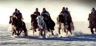 Post de 'El último rey': dos vikingos, un biberón... y hachazos a gogó