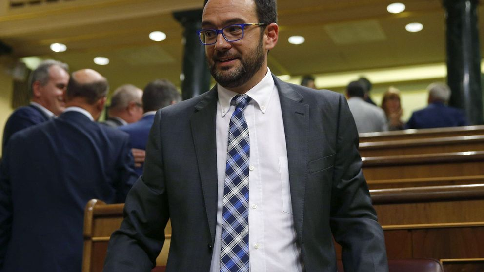 El PSOE recordará a sus diputados que deben abstenerse en bloque