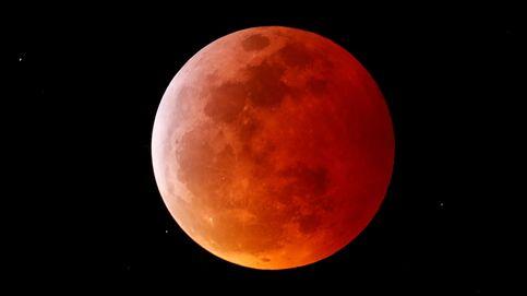 Las fotos del primer eclipse total de luna del 2019 y la superluna roja