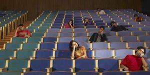 Foto: En EEUU, pocas universidades y caras; en España, muchas y nada productivas