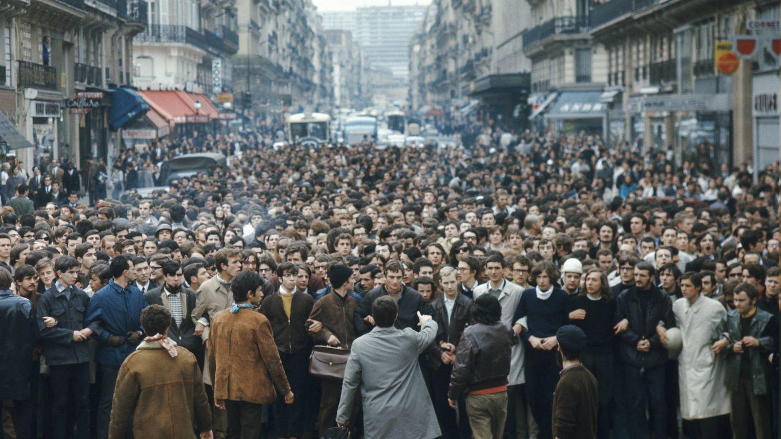 Foto: Manifestación en París en mayo de 1968. (Getty Images)