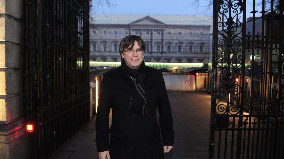 Foto: Puigdemont viaja a Dublín. (EFE)