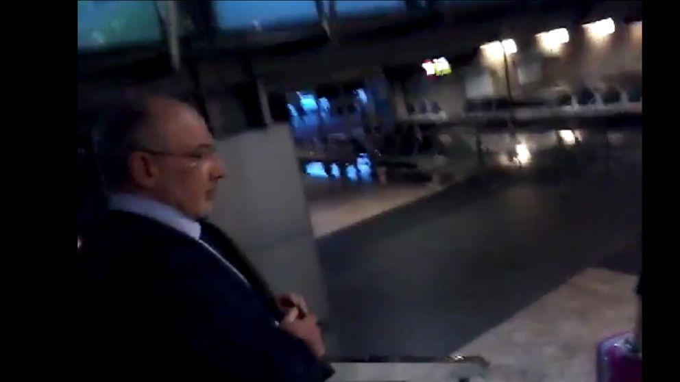 Rodrigo Rato sufre un intento de escrache a su vuelta de Suiza