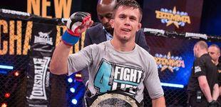 Post de Daniel Barez, el campeón del mundo de MMA que trabaja en Decathlon